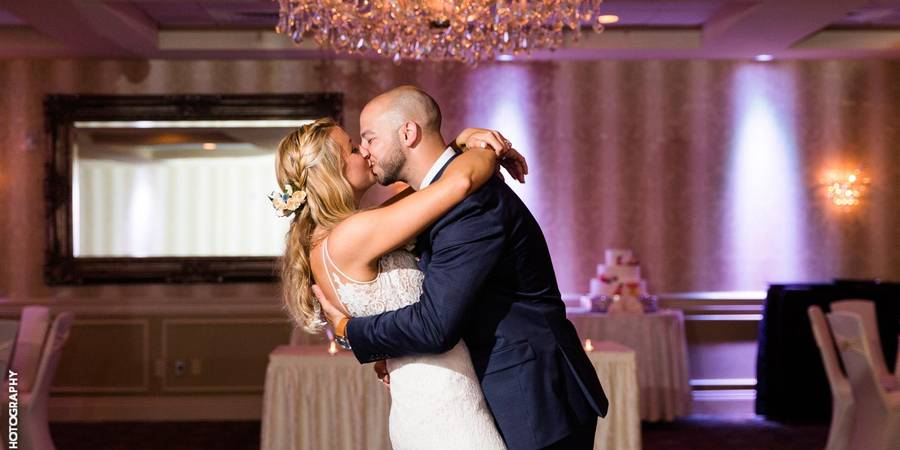 Sterling Ballroom at the DoubleTree by Hilton Tinton Falls wedding Jersey Shore