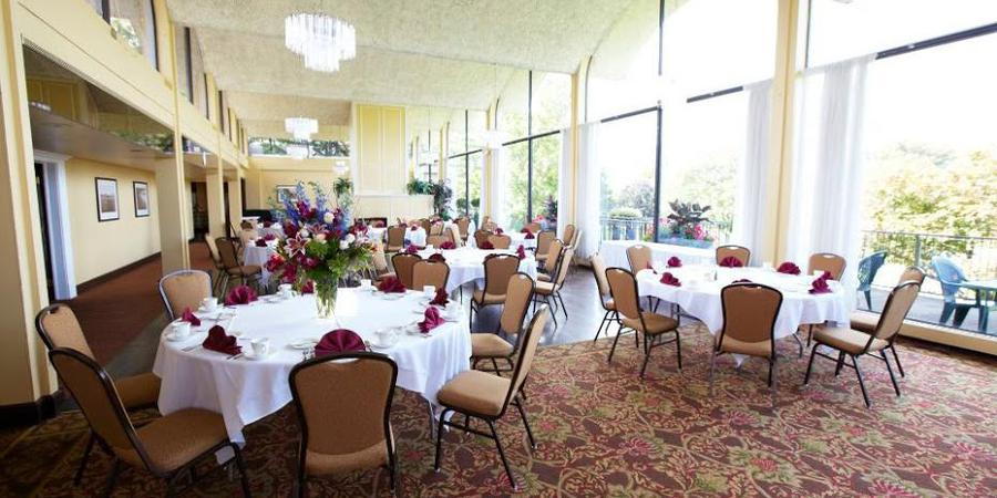 Silver Lake Country Club wedding Cleveland
