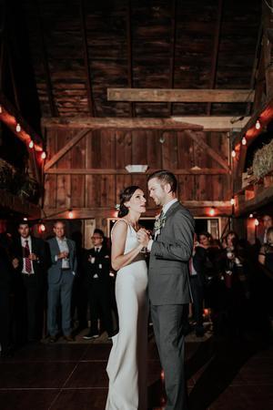 Barnard Inn Restaurant & Max's Tavern wedding Vermont