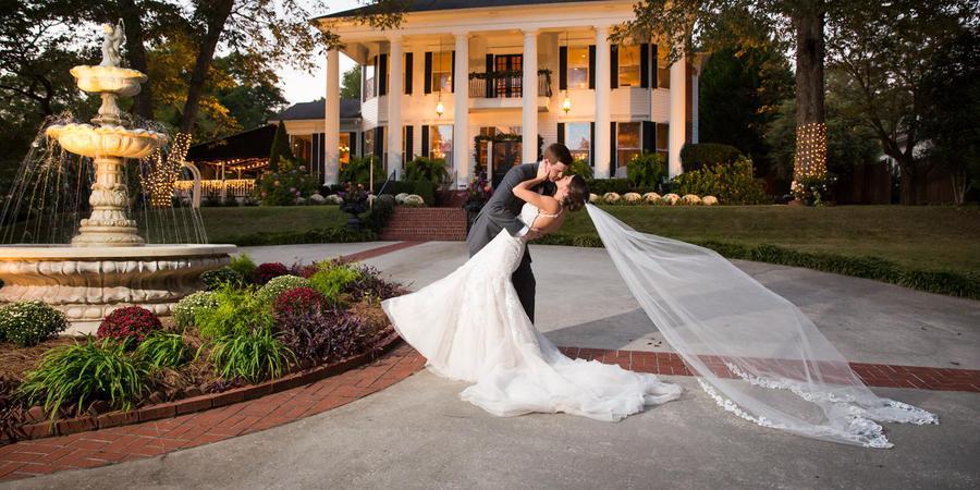 Victoria Belle Mansion & Vintage White Barn wedding Atlanta