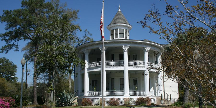 The Historic Russ House wedding Northwest Florida