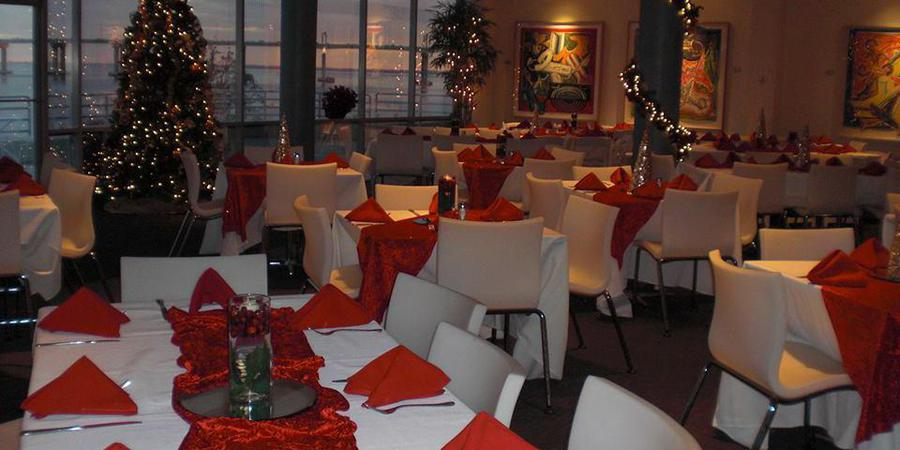 Riverfront with Express Catering wedding Jacksonville