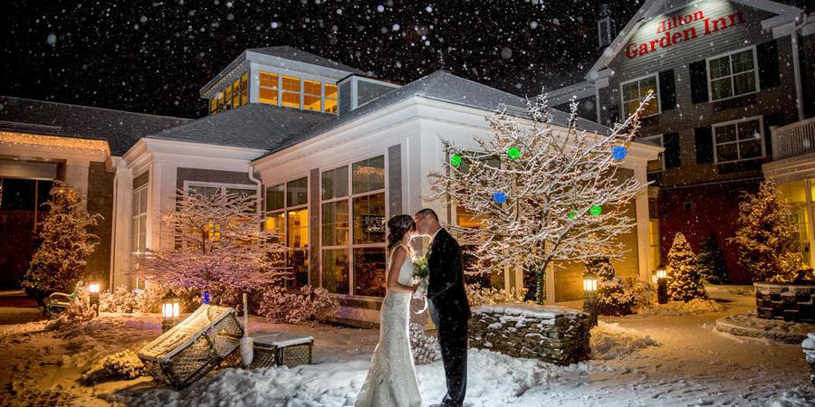 Hilton Garden Inn Freeport Downtown wedding Maine