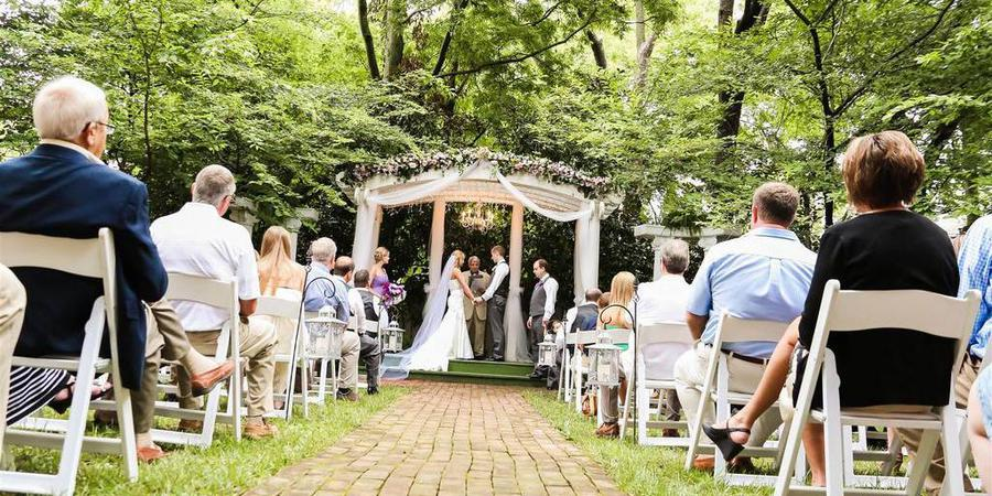 Carriage Lane Inn wedding Nashville