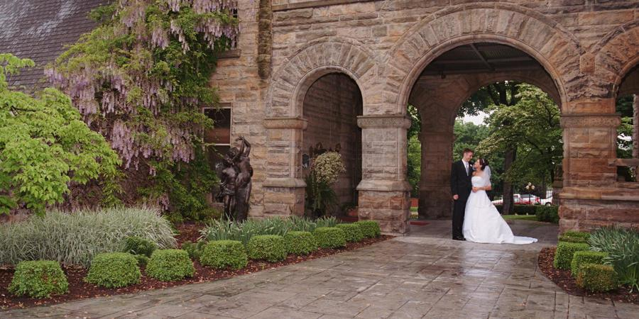 Buhl Mansion Guesthouse and Spa wedding Pittsburgh