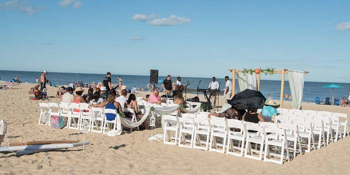 The Ocean Pines Beach Club wedding Eastern Shore/Chesapeake Bay