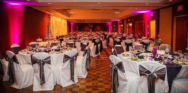 Holiday Inn Pewaukee wedding Milwaukee