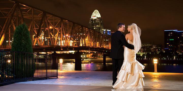 Newport Aquarium wedding Lexington