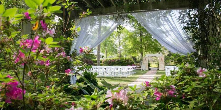 The Henry Smith House wedding Mississippi