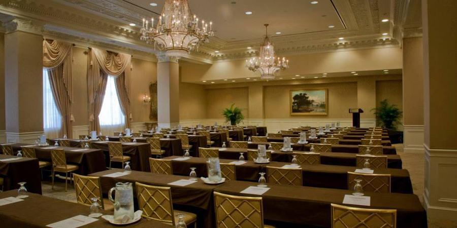 Hotel Monteleone wedding New Orleans