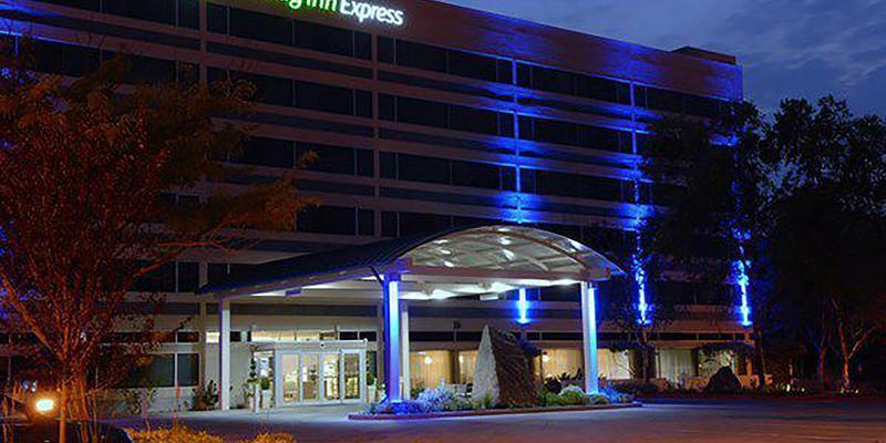 Holiday Inn Express-Boise University Area wedding Idaho