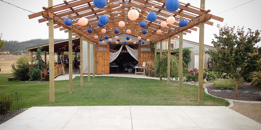 The Barn on Wild Rose Prairie wedding Spokane