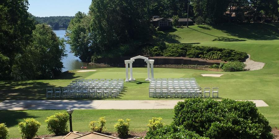 River Hills Country Club wedding Greenville