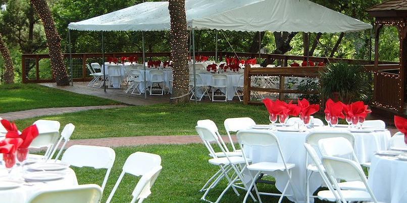Creekside wedding Austin