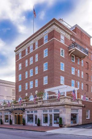 Robert E. Lee Hotel wedding Lexington