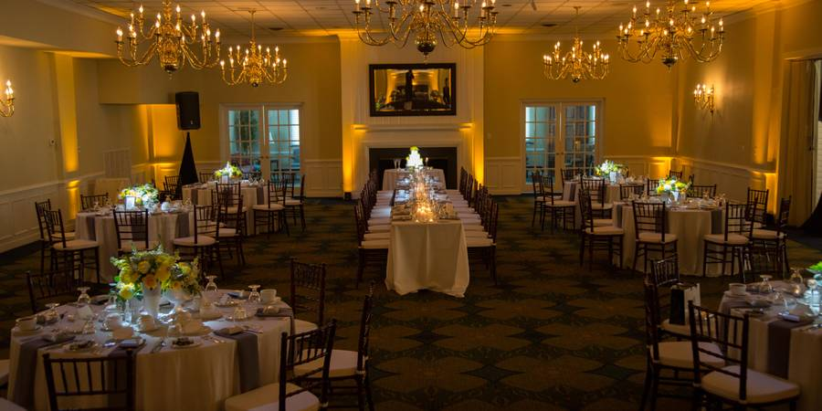 Jefferson Lakeside Country Club wedding Fredericksburg