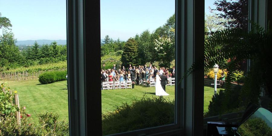 BeckenRidge Vineyard wedding Portland