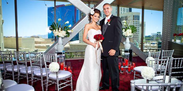 Eiffel Tower Restaurant Venue Las Vegas Price It Out