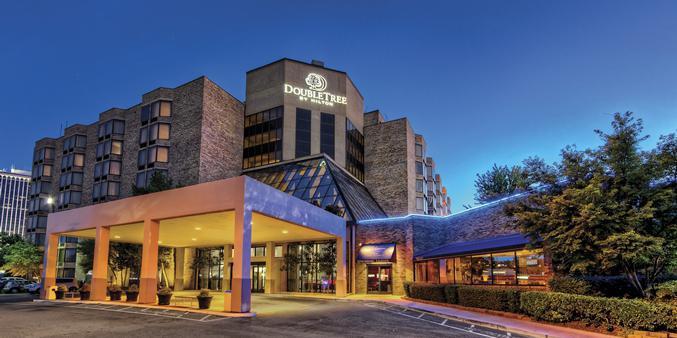 DoubleTree Hotel East Memphis wedding Memphis