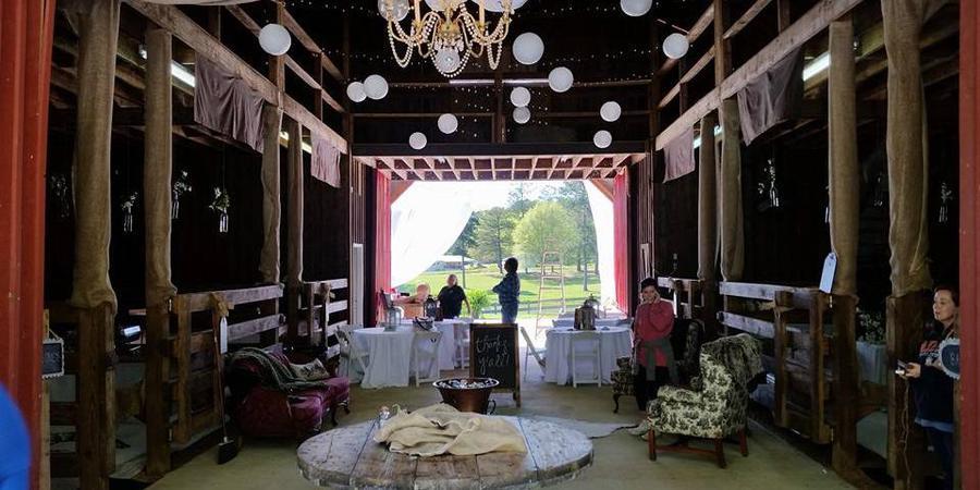 The Barn at Dry Creek Farms wedding Birmingham