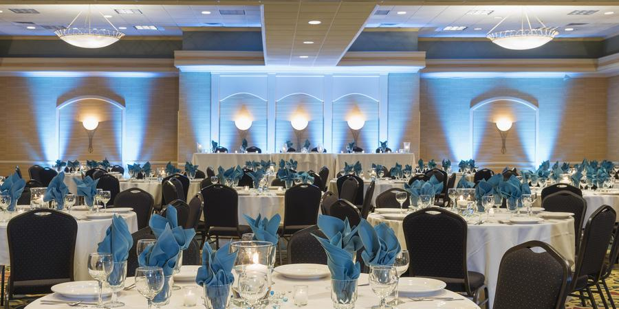 Holiday Inn Cleveland South wedding Cleveland