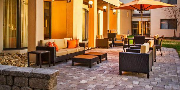 Courtyard By Marriott Hampton wedding Virginia Beach