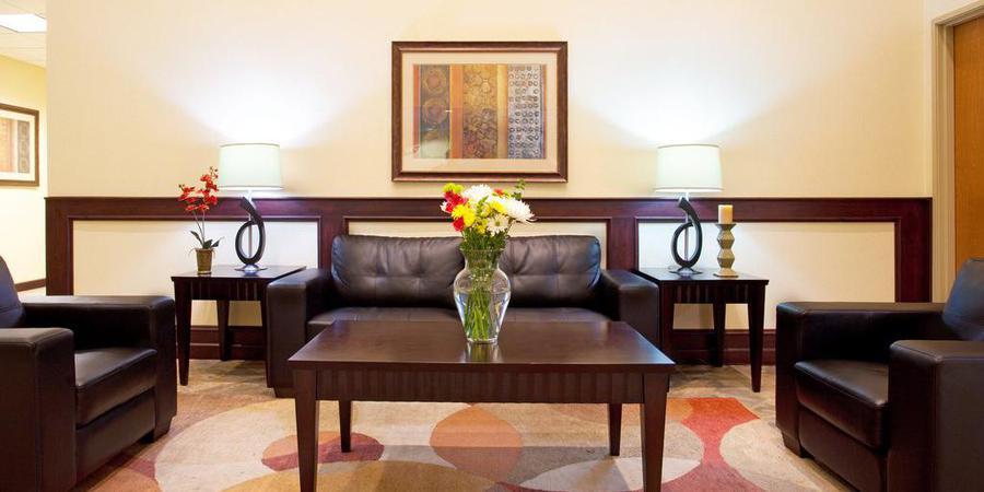Holiday Inn Express Suites Chicago North Waukegan Gurnee wedding Chicago