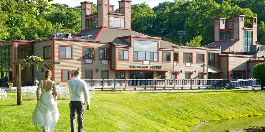 Wachusett Mountain Ski Resort wedding Central Massachusetts