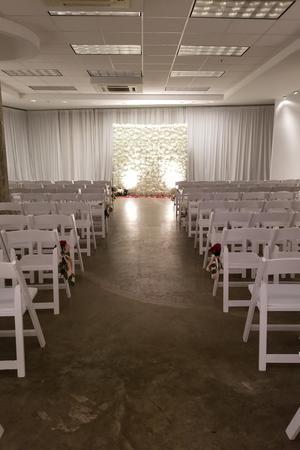 The Pads at Aloft Hotel wedding Dallas
