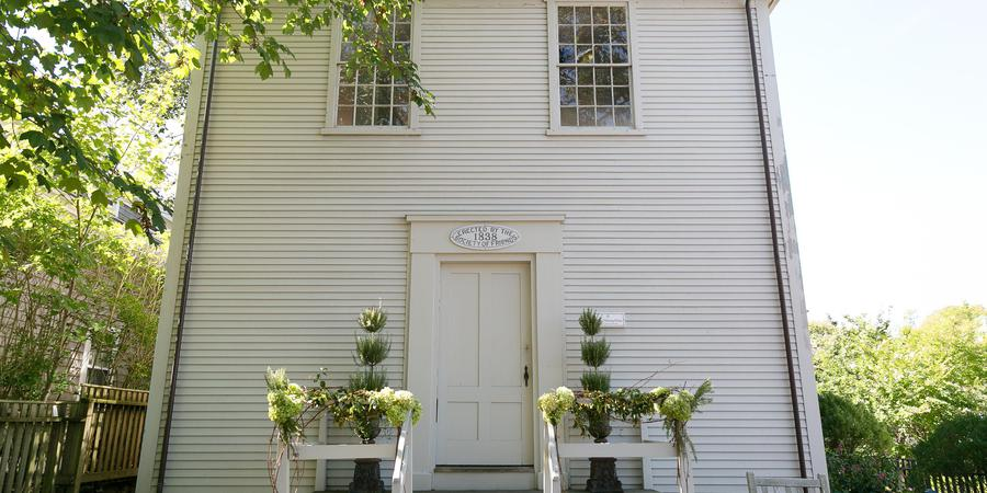 Quaker Meeting House wedding Cape Cod and Islands