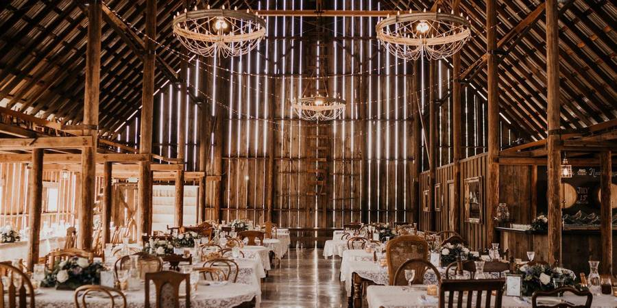 Tin Roof Barn wedding Seattle