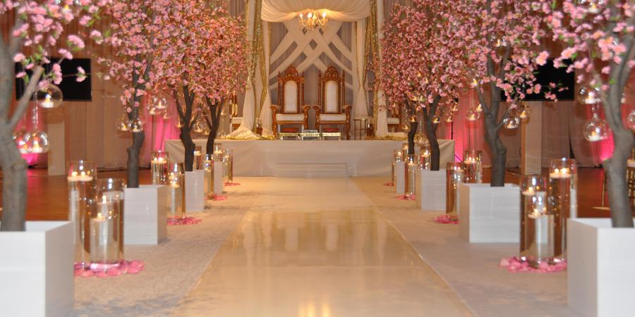 Double Tree by Hilton Manchester Downtown wedding New Hampshire