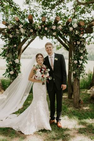River Edge Bed and Breakfast & Gathering Place wedding Grand Rapids