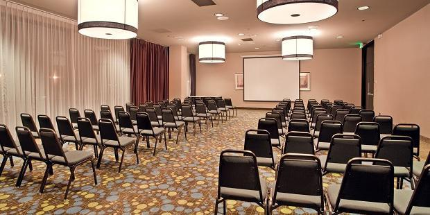 Radisson Hotel Fresno Conference Center Weddings Get