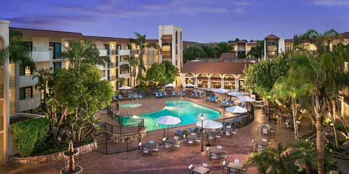 Embassy Suites By Hilton Scottsdale Resort wedding Phoenix/Scottsdale