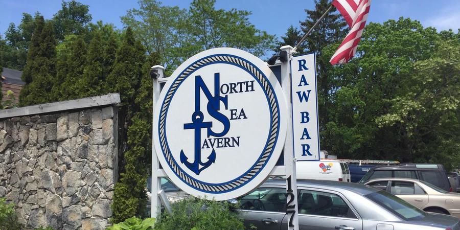 North Sea Tavern wedding Hamptons