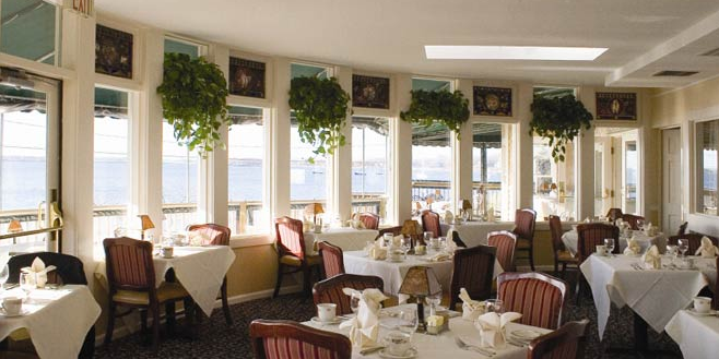 Bay Voyage Restaurant wedding Coastal Rhode Island