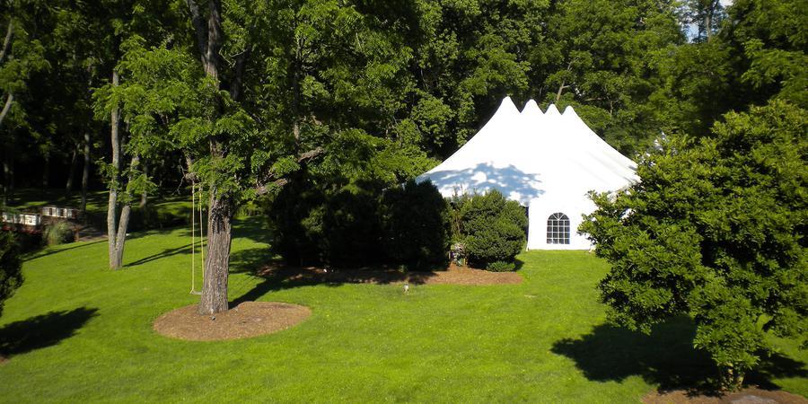 Hillbrook Inn wedding West Virginia
