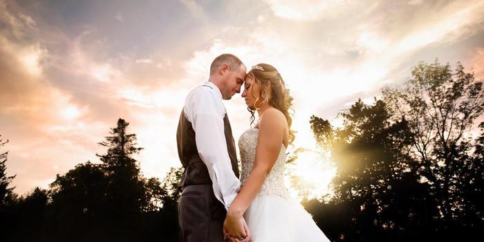 Photography by Jen Davis wedding photographer profile image