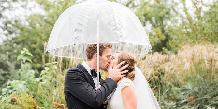 Gray Door Photography wedding photographer profile image