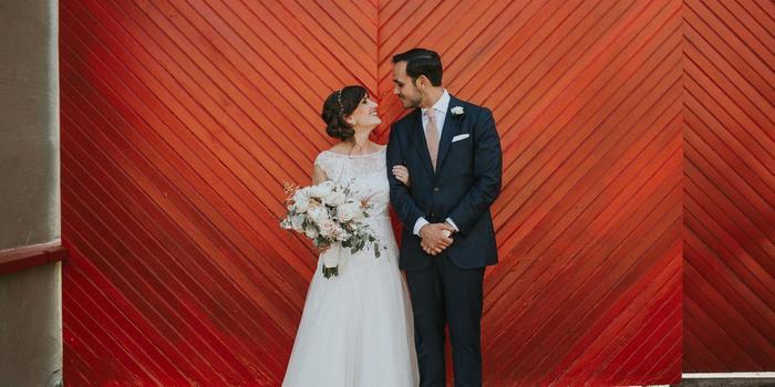 Lily Szabo wedding photographer profile image