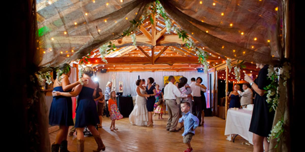 The Wildflower Barn Weddings Get Prices For Wedding