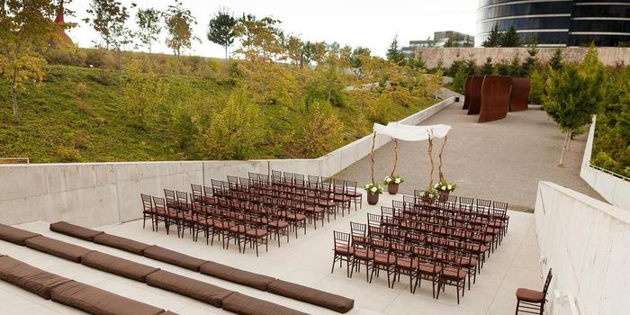 Olympic Sculpture Park Wedding Venue Picture 2 Of 6
