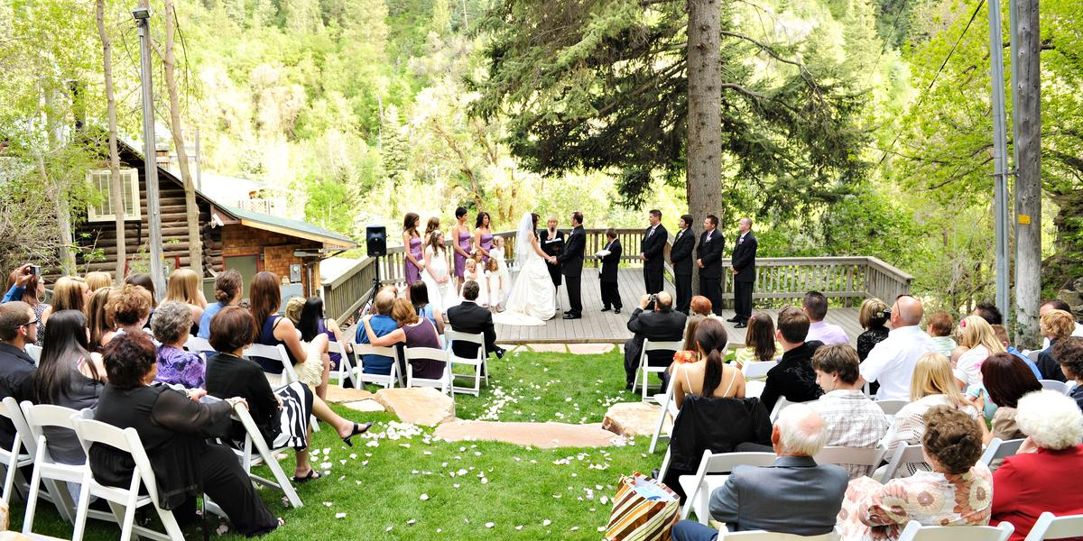 Log haven weddings get prices for wedding venues in ut for Affordable utah wedding photographers