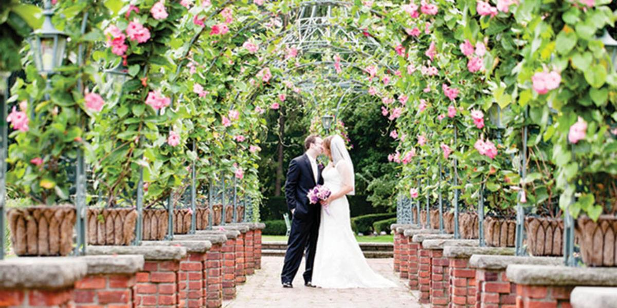 The manor weddings get prices for wedding venues in west for Outdoor wedding venues in ny