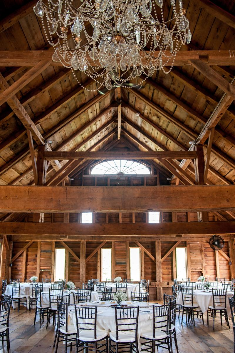 Wedding barn at lakota 39 s farm weddings get prices for for Small wedding venues ny