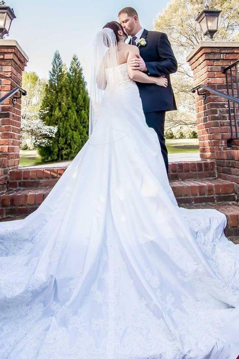 Rose Hall Event Center Weddings | Get Prices for Wedding ...