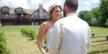 Harpole's Heartland Lodge weddings in Nebo IL