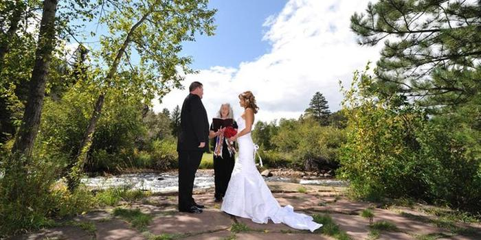 Romantic Riversong Weddings Weddings Get Prices For Wedding Venues