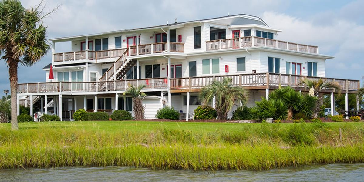 Harborlight Guest House Weddings In Swansboro Nc